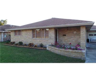 Single Family Home For Sale: 2473 Hyman Place