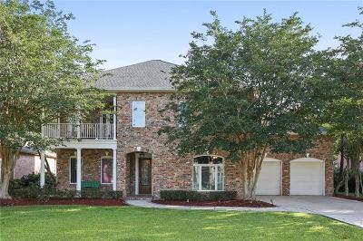Single Family Home For Sale: 50 Fairway Oaks Drive