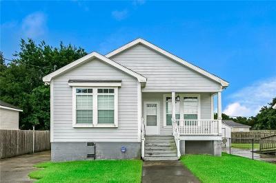Arabi Single Family Home For Sale: 819 Lebeau Street