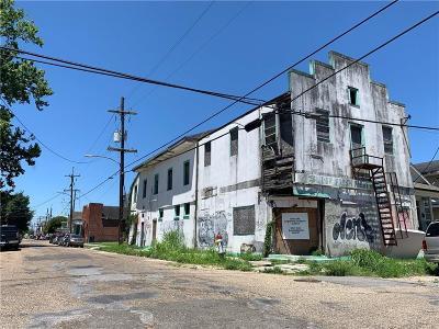 Single Family Home For Sale: 2501 Danneel Street