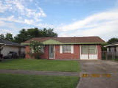 Harvey Single Family Home For Sale: 1149 Beechwood Drive