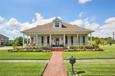 Single Family Home For Sale: 31 Admiralty Court