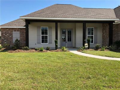 Madisonville LA Single Family Home For Sale: $417,325