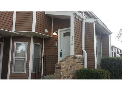 Kenner Multi Family Home For Sale: 226 Avant Garde Circle #226