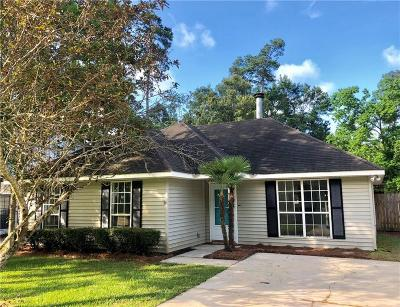 Mandeville Single Family Home For Sale: 940 Joans Street