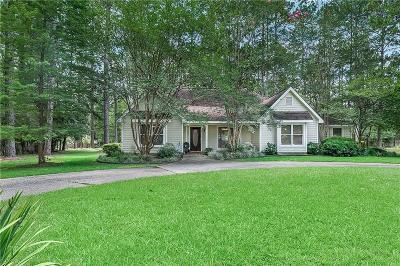 Covington Single Family Home For Sale: 1 Ramblewood Drive