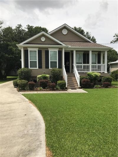 Marrero Single Family Home For Sale: 5148 Belle Terre Road