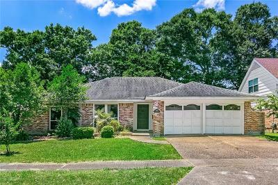 New Orleans Single Family Home For Sale: 3825 S Pin Oak Avenue