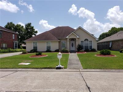 Harvey Single Family Home For Sale: 3916 Lake Arrowhead Drive
