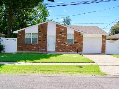 Harvey Single Family Home For Sale: 1712 Orchid Drive