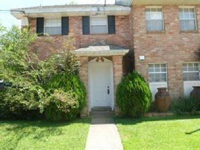 Destrehan, St. Rose Multi Family Home For Sale: 35 Brandon Hall Drive #A