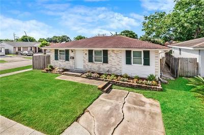 Kenner Single Family Home For Sale: 600 Vanderbilt Lane