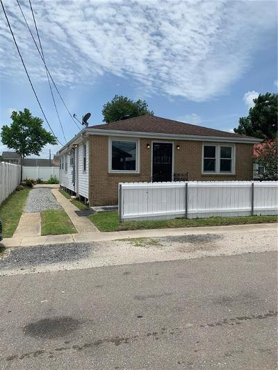 Single Family Home For Sale: 428 Pine Street