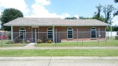 Single Family Home For Sale: 5861 Milladorn Avenue