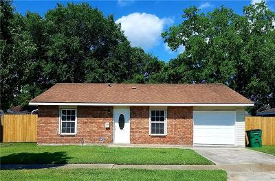 Single Family Home For Sale: 341 Timberwood Drive