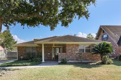 New Orleans Single Family Home For Sale: 2352 Leon C. Simon Drive