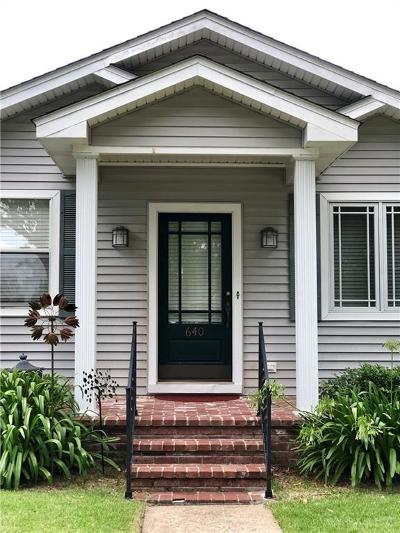 Single Family Home For Sale: 640 Metairie Lawn Drive