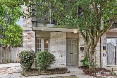 Jefferson Parish Multi Family Home For Sale: 1166 Carrollton Avenue