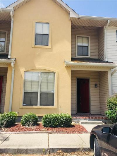 Gretna Multi Family Home For Sale: 700 Gladstone Court #109