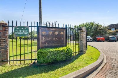 Multi Family Home For Sale: 350 Emerald Forest Boulevard #27109