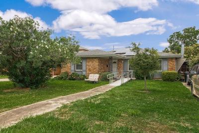 Single Family Home For Sale: 4820 Warrington Drive