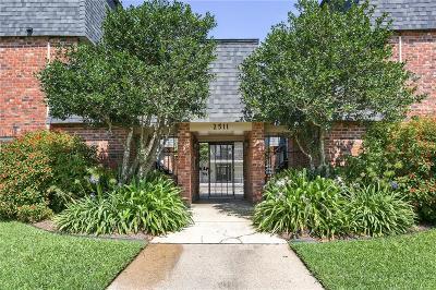 Jefferson Parish, Orleans Parish Multi Family Home For Sale: 2511 Metairie Lawn Drive #109
