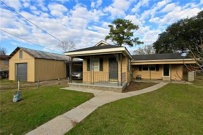 Single Family Home For Sale: 205 11th St Street