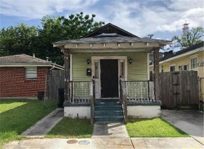 Single Family Home For Sale: 4121 Eve Street