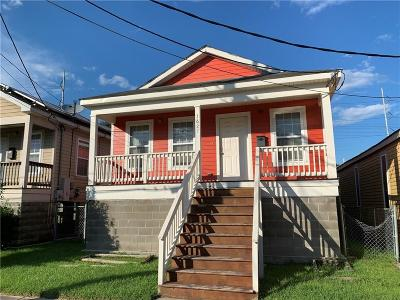 Single Family Home For Sale: 3627 First Street