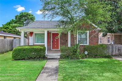 Metairie Single Family Home For Sale: 908 Athania Parkway