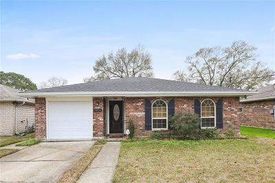 Single Family Home For Sale: 4624 Robin Street