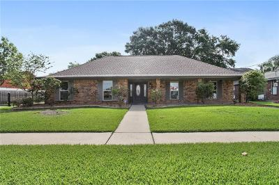 Metairie Single Family Home For Sale: 2109 N Hullen Street