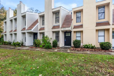 Multi Family Home For Sale: 304 Mariners Boulevard #38