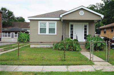 Single Family Home For Sale: 3412 Mandeville Street