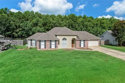 Madisonville Single Family Home For Sale: 113 Fairfield Oaks Drive