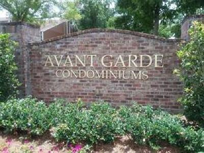 Kenner Multi Family Home For Sale: 74 Avant Garde Circle #74