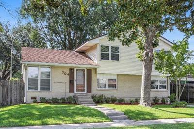 River Ridge, Harahan Single Family Home For Sale: 704 Wendy Lane