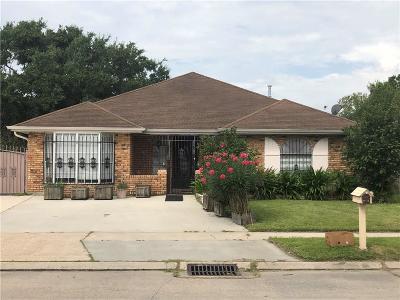 Single Family Home For Sale: 7350 Bullard Avenue