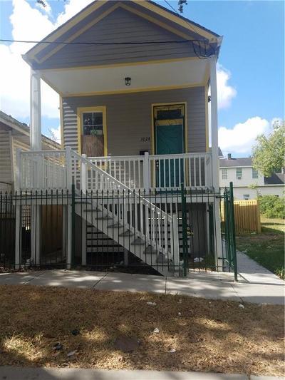 Single Family Home For Sale: 3024 Jackson Avenue