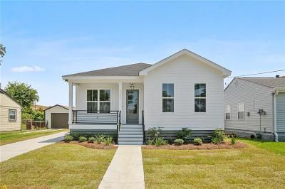 Single Family Home For Sale: 4322 Stephen Girard Avenue