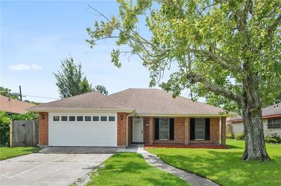 Harvey Single Family Home For Sale: 2337 S Friendship Drive