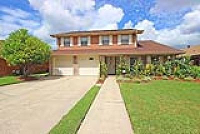 Metairie Single Family Home For Sale: 3028 Tolmas Drive