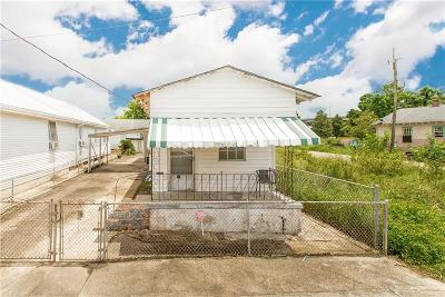 Single Family Home For Sale: 2405 Frenchmen Street