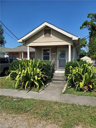 Single Family Home For Sale: 8713 Olive Street