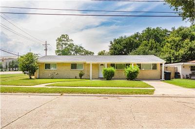 River Ridge, Harahan Single Family Home For Sale: 200 Carolyn Drive