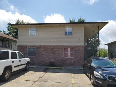 Jefferson Parish, Orleans Parish Multi Family Home For Sale: 15520 Dwyer Boulevard