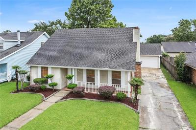 Destrehan, St. Rose Single Family Home For Sale: 441 Evergreen Drive