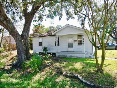 River Ridge, Harahan Single Family Home For Sale: 151 River Bend Drive