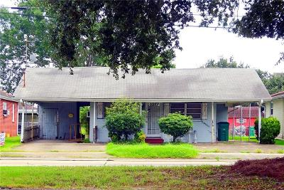 Metairie Single Family Home For Sale: 1317 Clearview Parkway