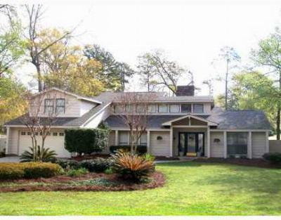 Single Family Home Sold: 813 Bocage Ln
